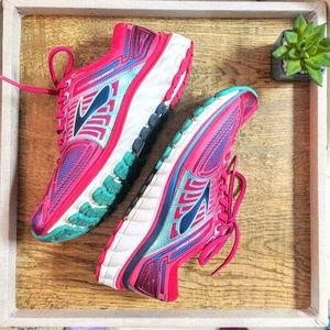 Brooks Glycerin G13 Pink & Teal Sneakers EUC!